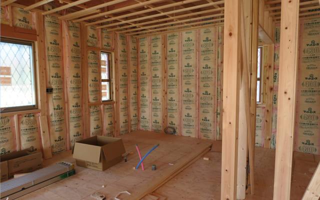 断熱材が入った家の構造